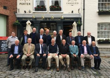 Back (L to R) Robin Holt, Tony Bairstow, Gordon Brackstone, Brian Councell, David Goodwin, Ray Knight, Graham Hill, Tony Stockwell, Allan George, David Penfold.  Front (L to R) Ken Ellis, Grant Eustace, Mike Wilkinson, Peter Cox, Robert Kibble, Peter Souster, Pip Burley, Michael Symes.